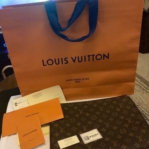 💯NEW! Louis Vuitton (LV) Etui Voyage GM Fuchshia